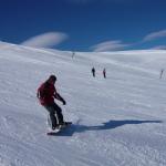 Snow board ou ski à la station du Lioran, à 1 h de route du gite de la Rouquette, location vacances auvergne