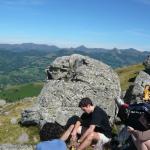 Pique nique dans les Monts du Cantal, le long de la voie romaine
