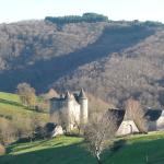 """Le château de Senezergues, décor au film de B.Tavernier: """" la princesse de Montpensier"""""""