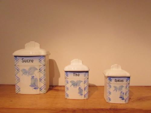 Les boîtes à épices de la cuisine