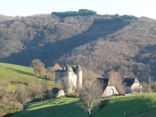 Château de Senezergues, Cantal, Auvergne